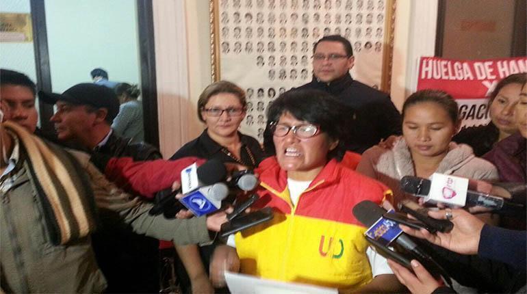 Diputada Calcina denuncia extorsión por dinero y 'pegas' en la bancada de UD