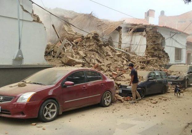 Pared de un domicilio se derrumba en pleno centro de la ciudad de Tarija
