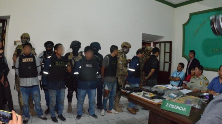 Atracadores peruanos redujeron a 17 funcionarios e intentaron llevarse cuatro sacos con dinero
