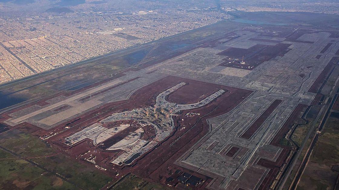 Construcción de nuevo aeropuerto Ciudad de México en Texcoco está oficialmente suspendida