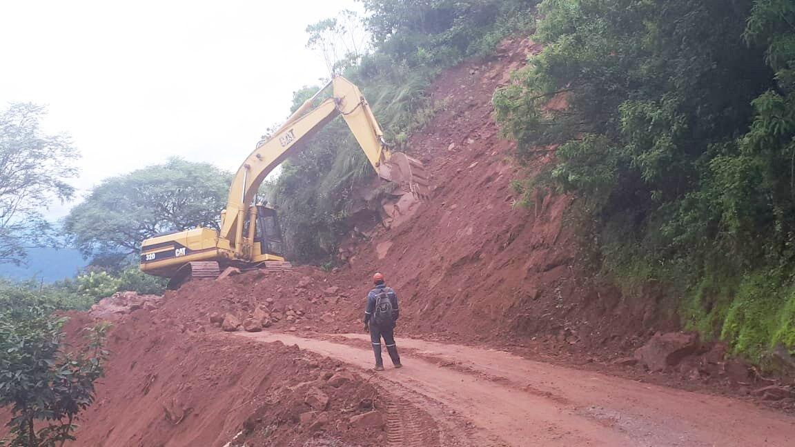 Volqueteros de Tarija piden a la Gobernación restaurar el tramo carretero Canaletas - Entre Ríos
