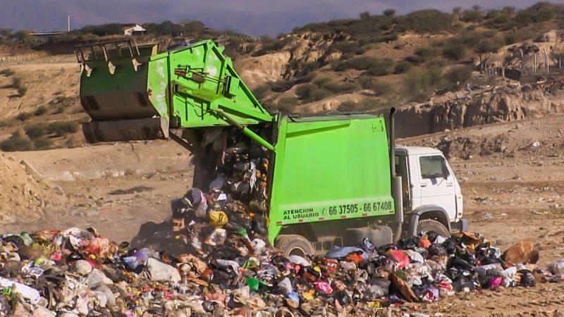 Analizan propuesta para construcción de planta municipal de tratamiento de basura en Tarija