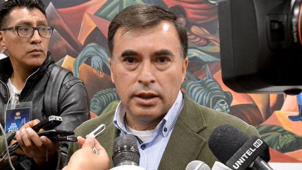 Quintana: Legisladores pidieron al presidente que peor trata a los latinos que intervenga Bolivia