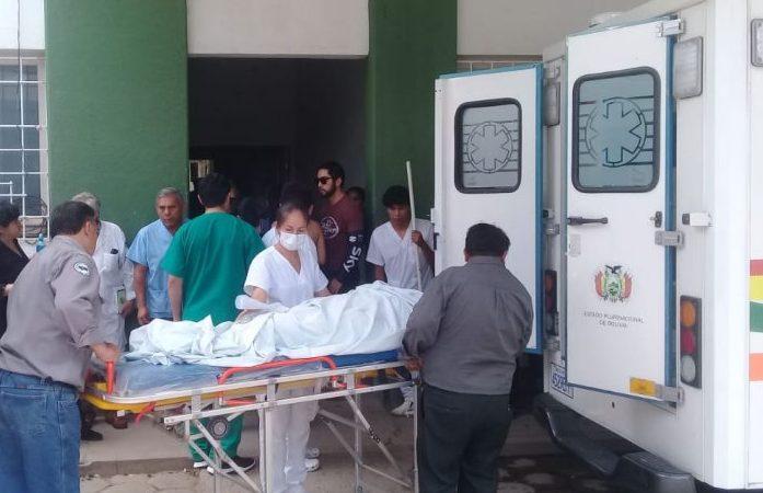 Joven víctima de disparo fue trasladado por falta de espacio en terapia intensiva en el hospital de Tarija