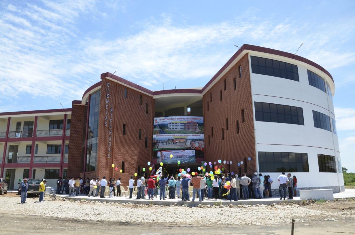 Gobernación entrega el proyecto pavimento e inaugura el campus universitario en Bermejo