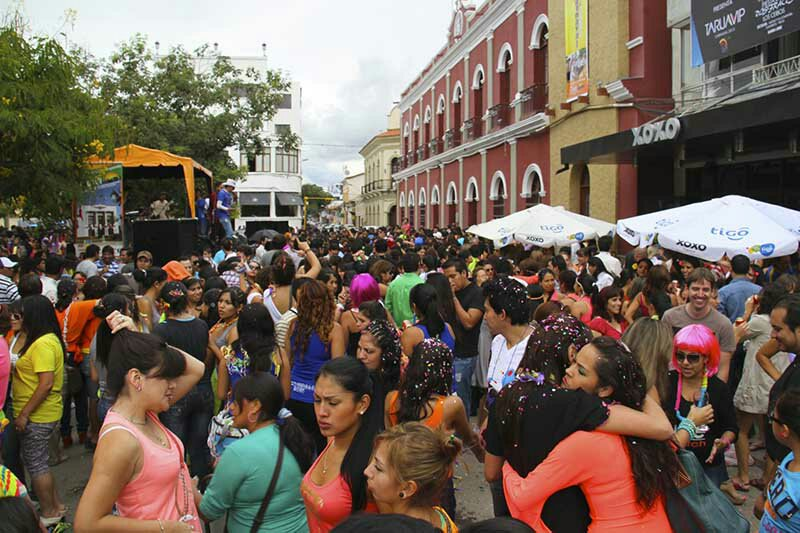 Pese a prohibición: Programan actividades en la plaza Luis de Fuentes y Vargas de Tarija