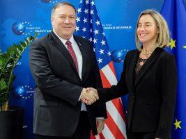 Alta representante de la Unión Europea (UE) para la Política Exterior y el secretario de Estado de EEUU