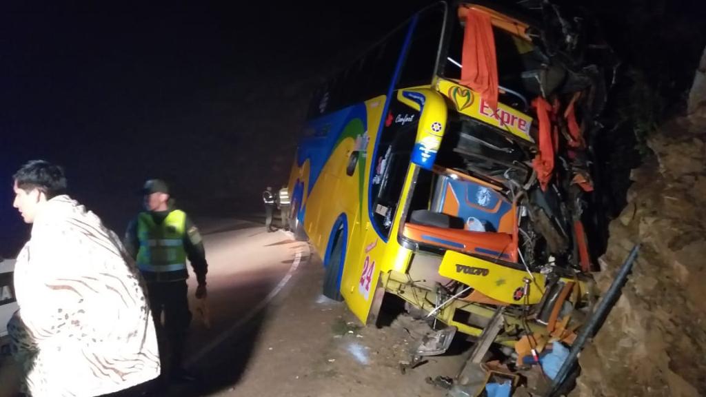 Accidente de la flota Expreso del Sur deja 28 heridos en la comunidad de Cieneguillas