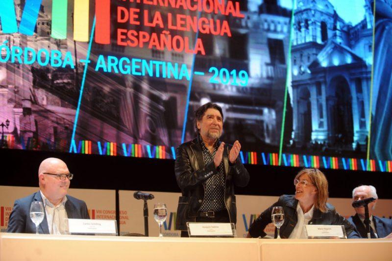 """Joaquín Sabina: """"Con el auge de los pequeños nacionalismos, yo me considero de una patria mucho más grande, que es mi lengua, la lengua española"""""""