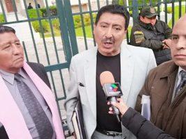 Movimiento Nacionalista Revolucionario que rechazan a Luis Eduardo Siles
