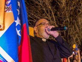 Cura exiliado de Venezuela