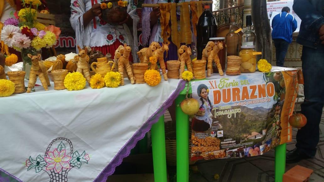 Invitan a la feria del durazno en la comunidad de Tomayapo a realizarse este sábado 16 de marzo