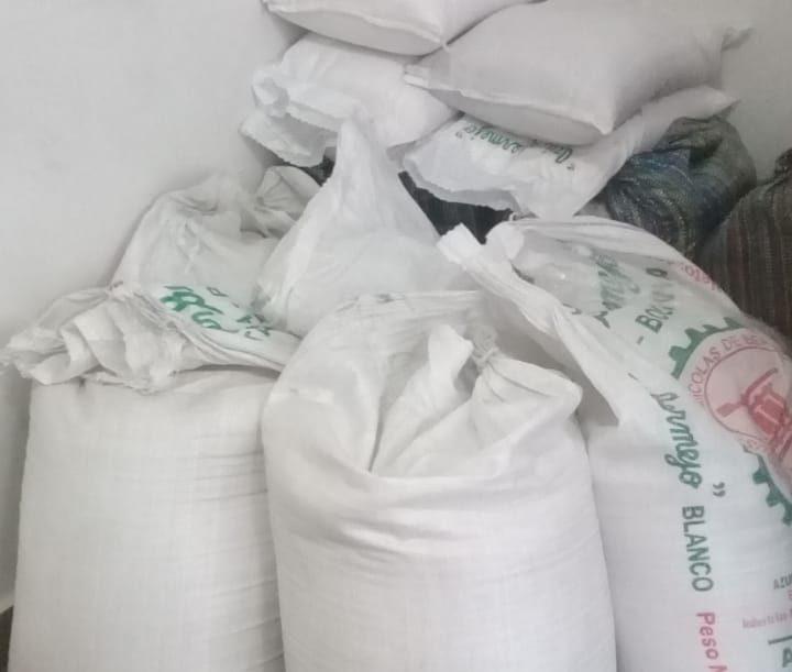 Intendencia de Tarija donará azúcar decomisada de los mercados a hogares y comedores populares