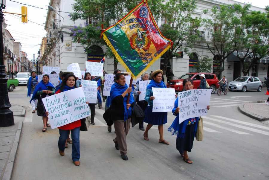 Bartolinas de Tarija se reunirán para definir acciones políticas en la campaña Evo - Álvaro