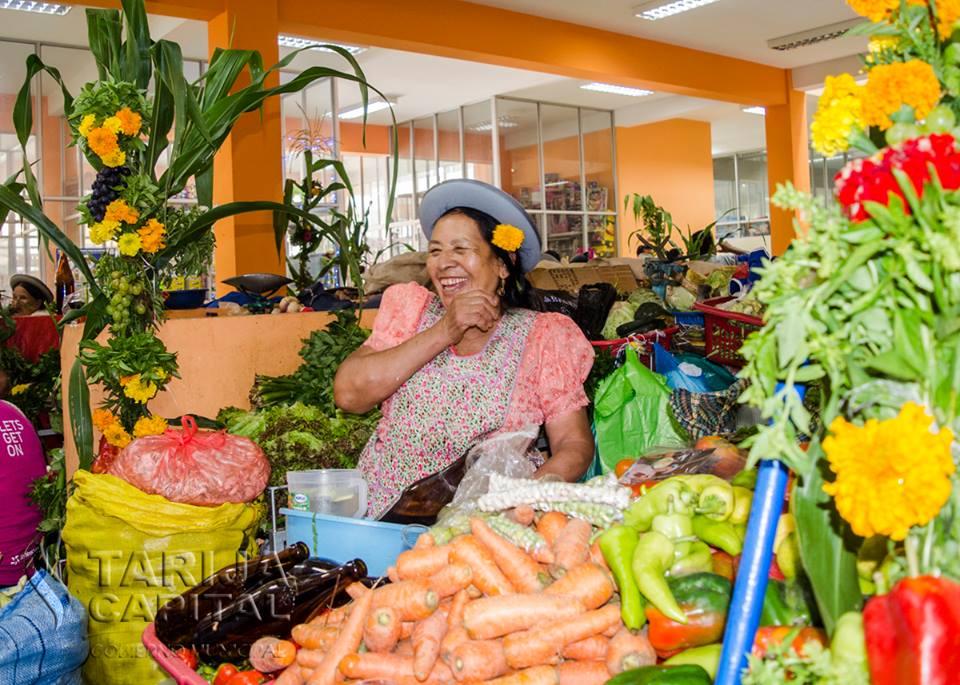 Aromas, coplas y alegría, Tarija vive el martes de Albahaca y se va despidiendo del Carnaval