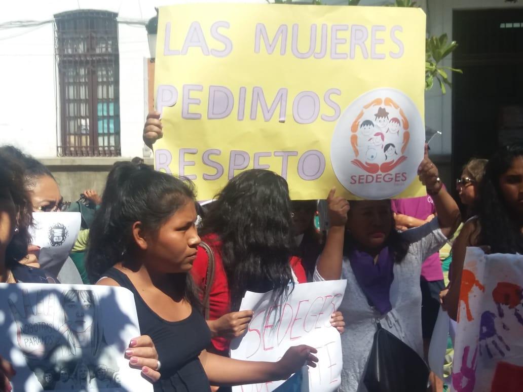 Mujeres de Tarija se movilizan y piden justicia, respeto y libertad