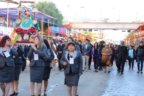 Ministra de Culturas encabeza ceremonia de peregrinación y abre tradicional Carnaval de Oruro