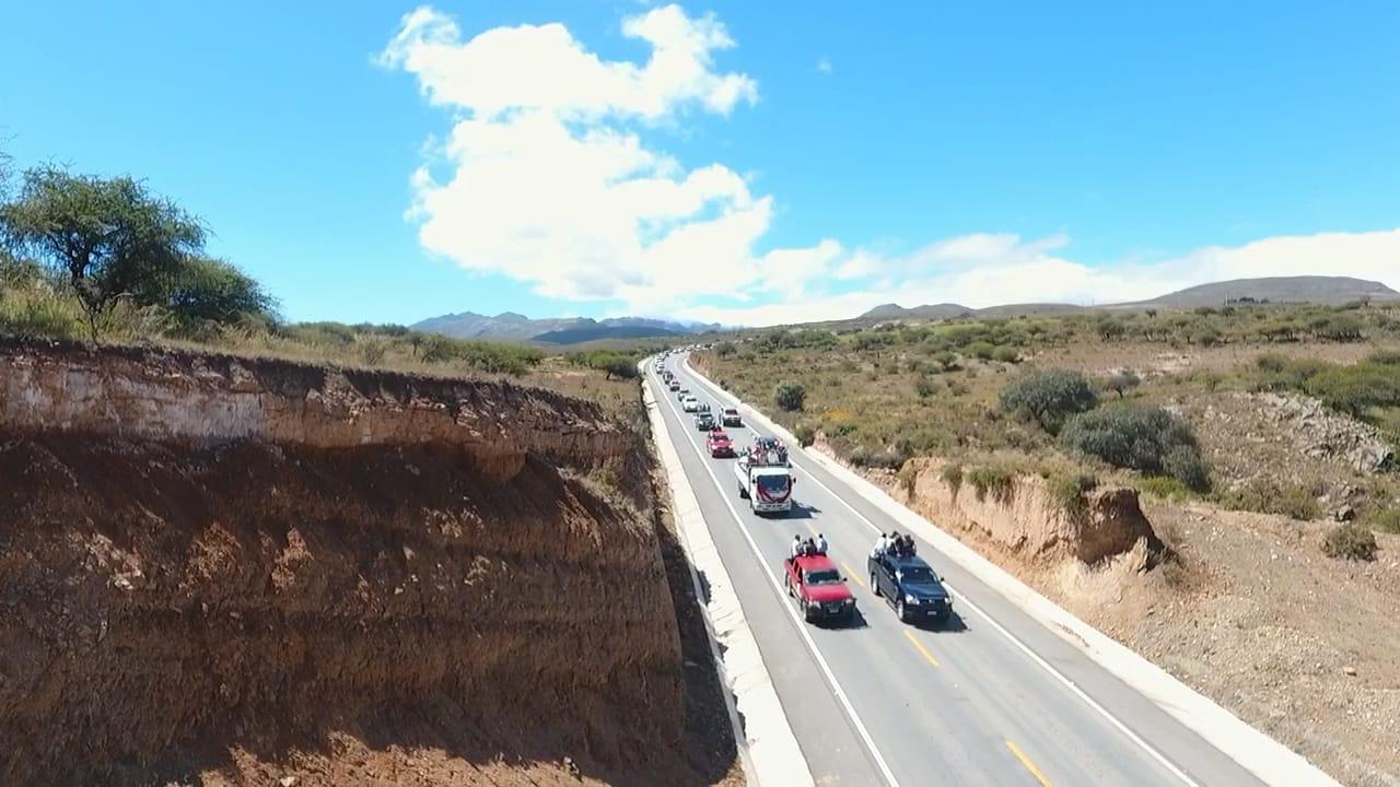 Oliva entrega el tramo Puente Jarkas-Piedra Larga con un presupuesto 45% menor que el presentado por Lino