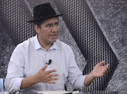 Canciller desmiente a Cárdenas sobre supuesto nepotismo