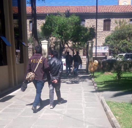 Envían a la cárcel a dos jóvenes que atracaron a un adolescente en Tarija