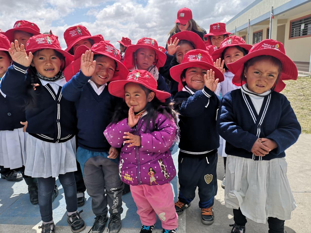"Gobernación llega con campaña ""Caritas Paspadas"" a niños de la zona alta"