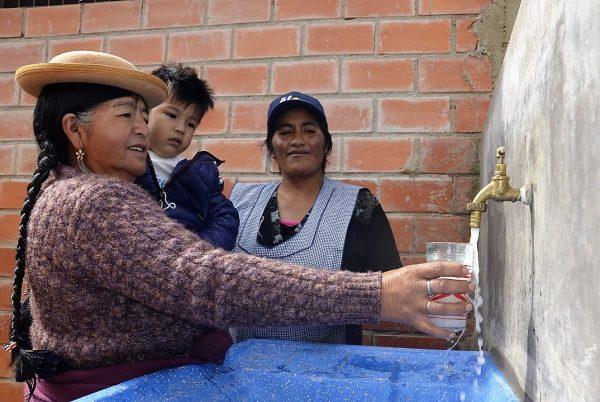 Más de 100 familias en la comunidad de Polla en Tarija ahora gozan de agua potable
