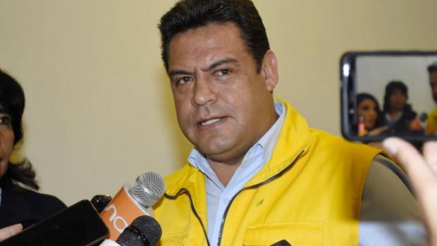 """Revilla plantea reestructurar el TSE con """"gente idónea"""""""