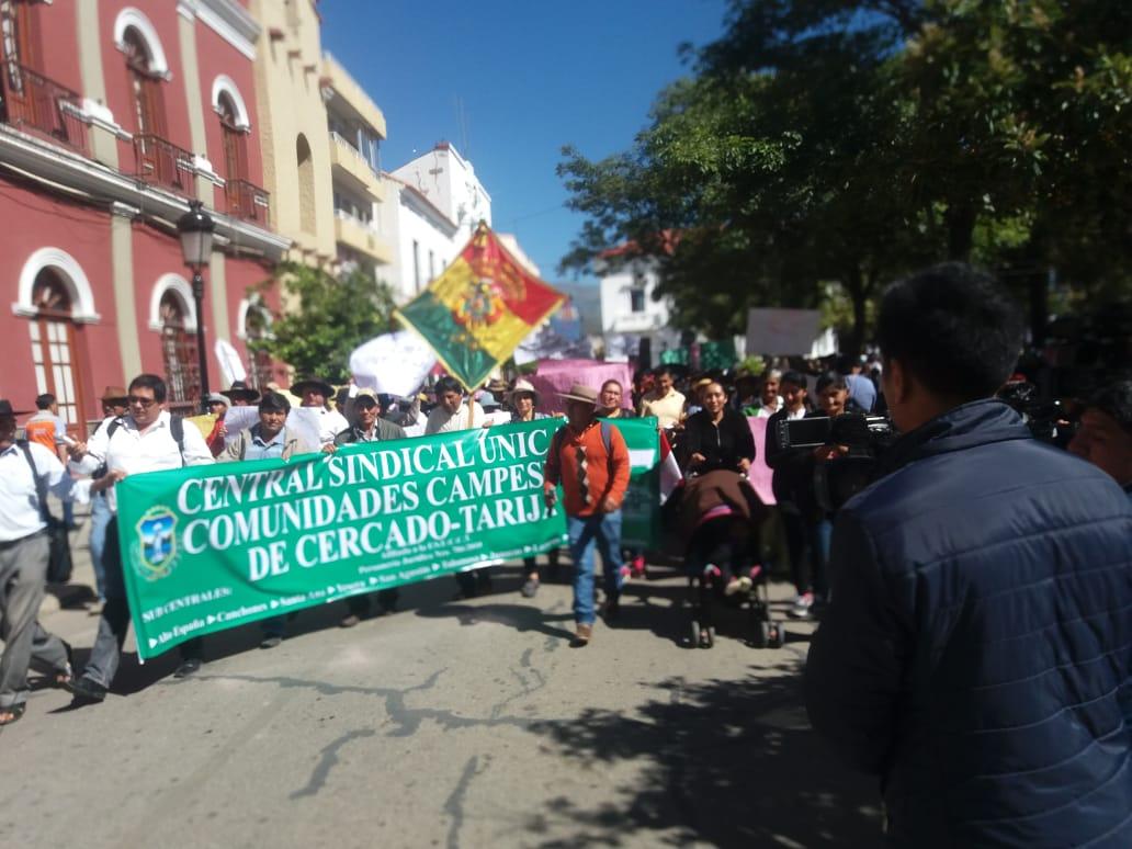 Campesinos se mantienen en estado de emergencia tras reunión con la Alcaldía de Tarija