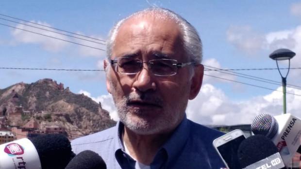 Fiscalía investiga depósito de Medina a Mesa; ya tomó declaración al excoronel