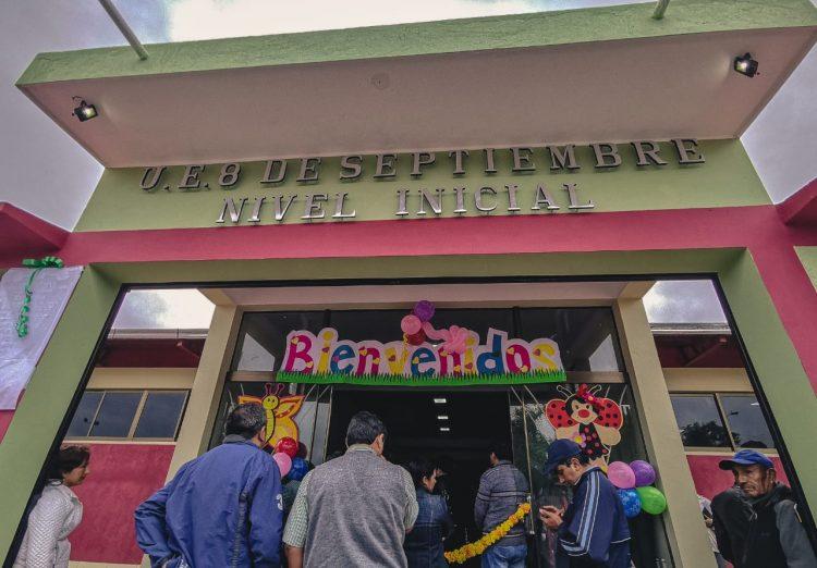 Oliva entrega infraestructura para el nivel inicial de la unidad educativa 8 de Septiembre en Bermejo