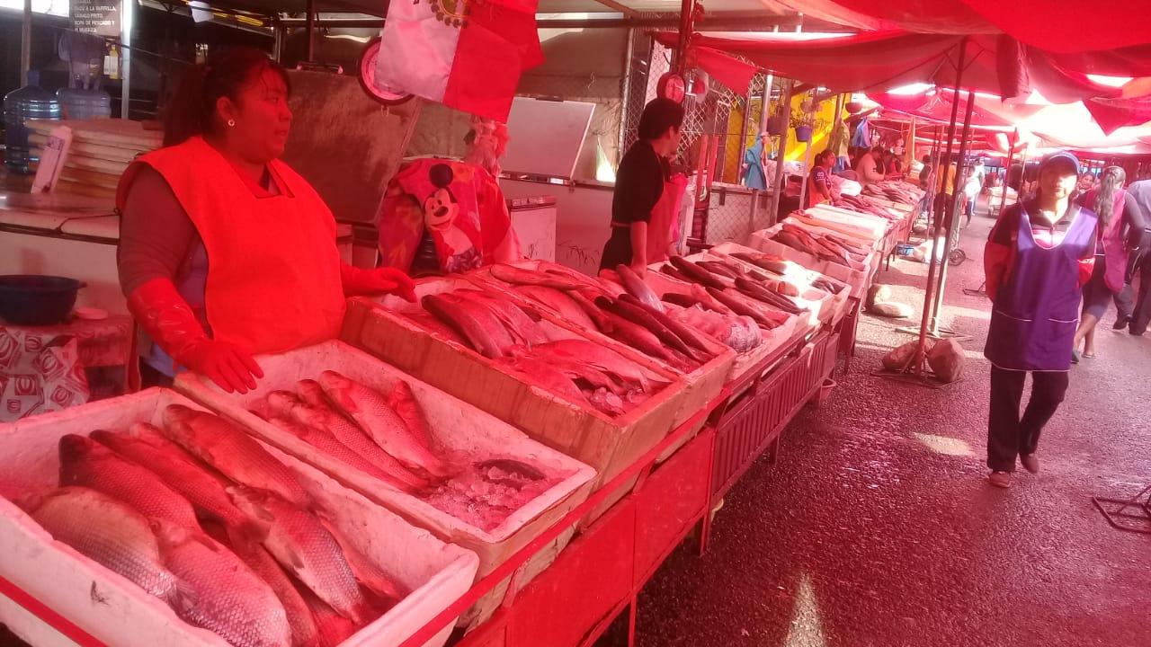 Invitan a la población al mercado Abasto del Norte de Tarija para comprar pescado garantizado