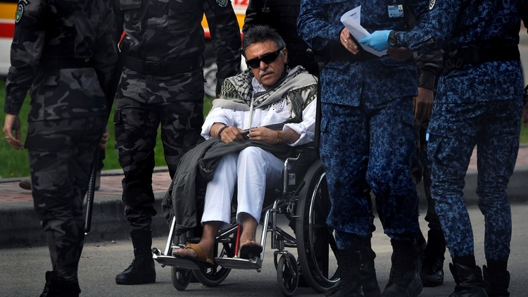 Jesús Santrich fue trasladado a un centro médico en Bogotá