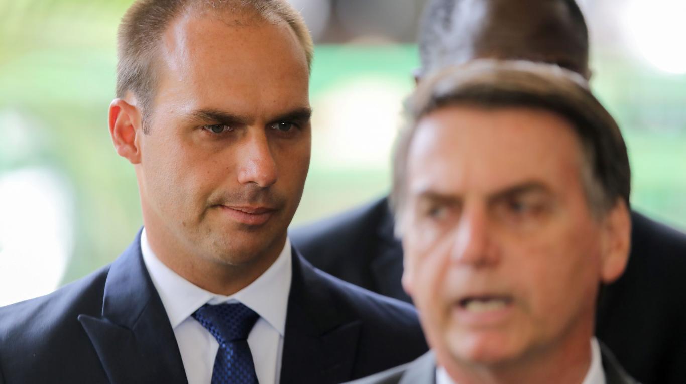 Diputado Eduardo Bolsonaro defendió el desarrollo de una bomba atómica