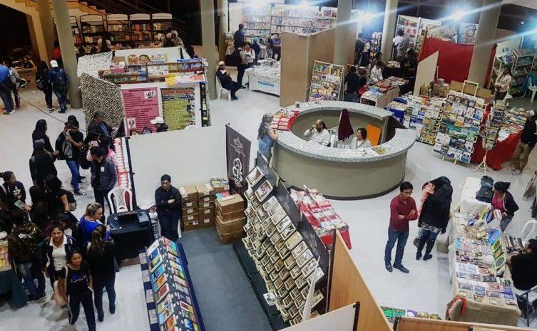 Arrancó la XI Feria del Libro de Tarija en el centro Cultural Salamanca