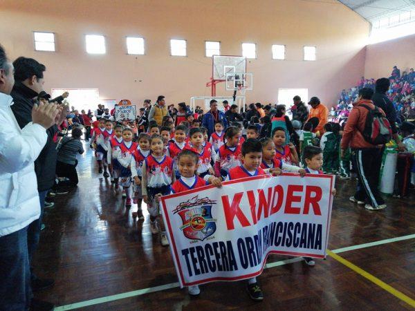 Se inauguró el torneo interkinders de baloncesto