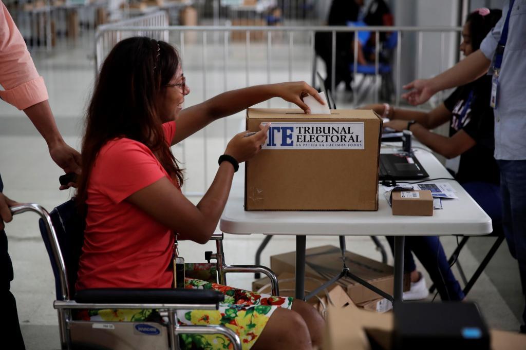 Elecciones en Panamá: entre el hastío por la corrupción y el auge de un candidato independiente