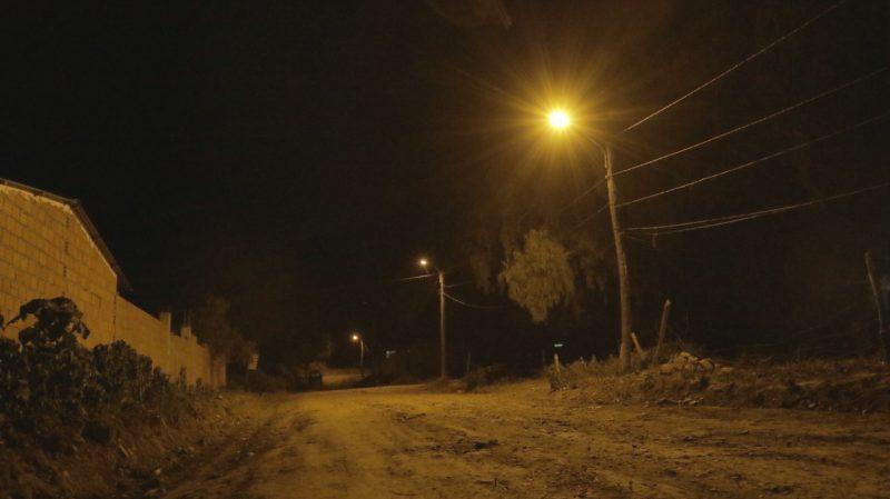 Inauguran el sistema de luminarias para el barrio El Rosal de Tarija