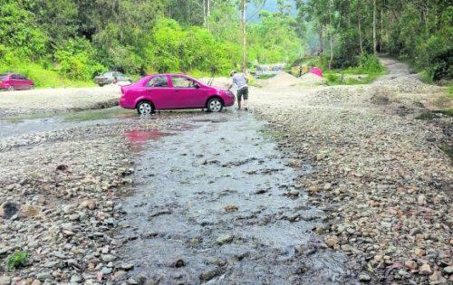Alcaldía de Tarija inició procesos por contaminación de ríos a 3 empresas de transporte