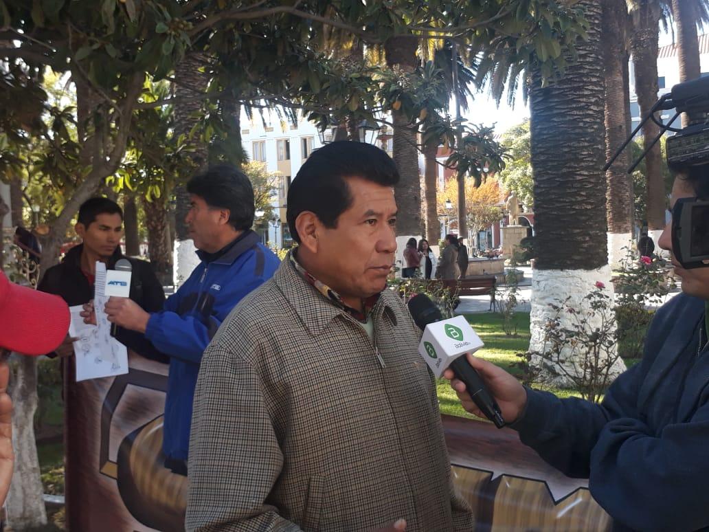 Carpinteros piden mayor control en la importación de muebles de melamina en Tarija