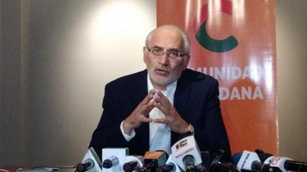 Presentan denuncia contra Directora de la UIF tras anunciar investigación a PAT