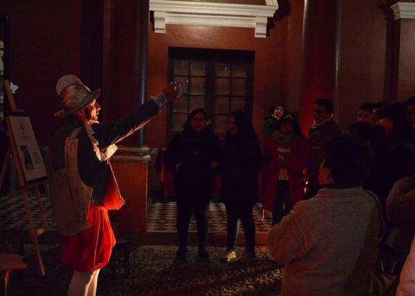 """La velada mágica vivida por familias tarijeñas en la Casa Dorada durante la """"Noche de Museos"""""""