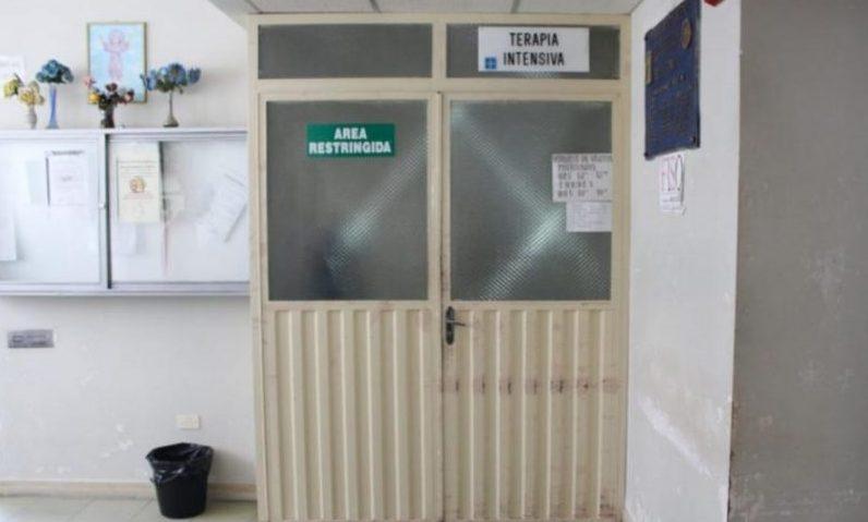Joven fue golpeado por su amigo y ahora se encuentra al borde de la muerte en Tarija