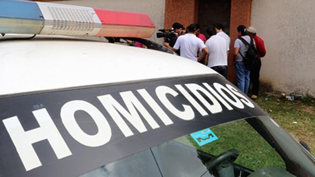 Hombre cae siete metros en una quebrada y pierde la vida en Tarija - La Voz de Tarija