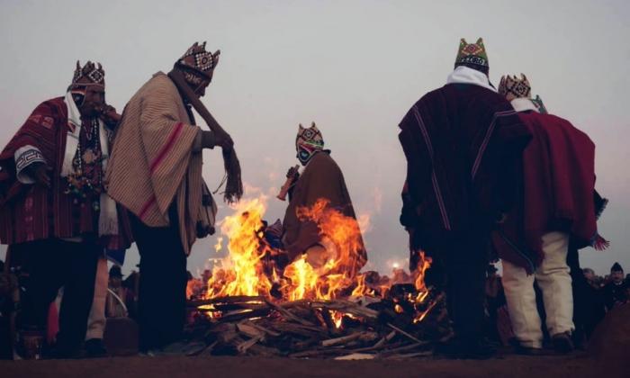 Bolivia recibe el Año Nuevo Andino Amazónico y del Chaco 5527 con ofrendas y rituales ancestrales