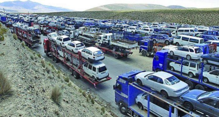 Dirigente de choferes pide cerrar ingreso de vehículos chinos