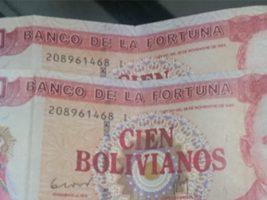 Denuncia que le pagaron su jubilación con billetes falsos con la inscripción de Banco de la Fortuna