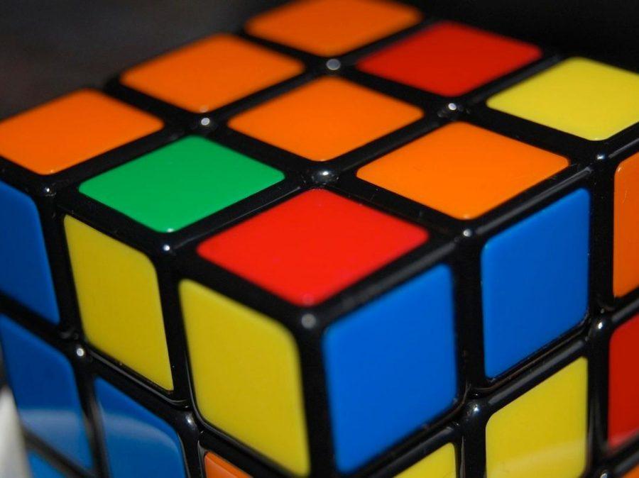 A Juguete Historia La Del 45 Vendido Años Cubo RubikEl De Más IY6gbymf7v
