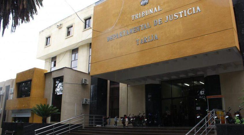 Liberan a un joven imputado de robo de equipo de sonido en Tarija