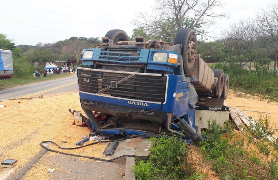 Camión de alto tonelaje atropella a niños en límites departamentales de Chuquisaca con Tarija