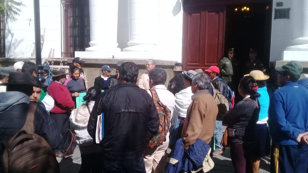 Comunarios de Lazareto de Tarija denuncia construcciones y titulaciones ilegales en la zona